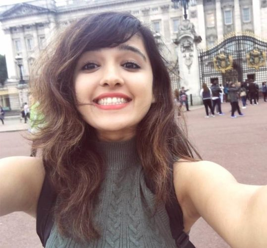 Shirley Setia Net Worth 2020 - Biography, Age, Height, Weight,nationality Affairs and More