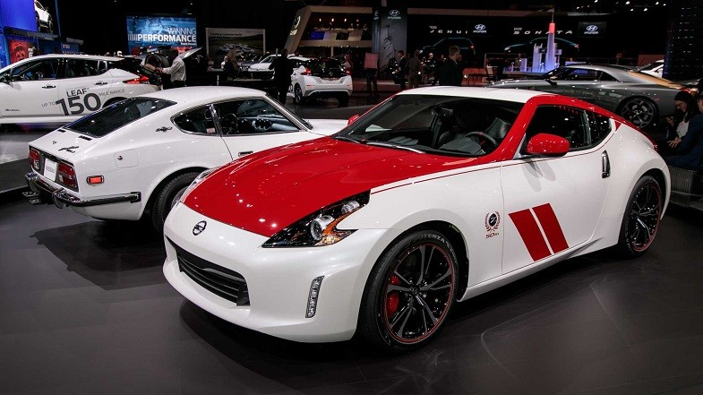 Everything about Nissan 370Z Features| Pros & Cons| Engine| Review and Much More
