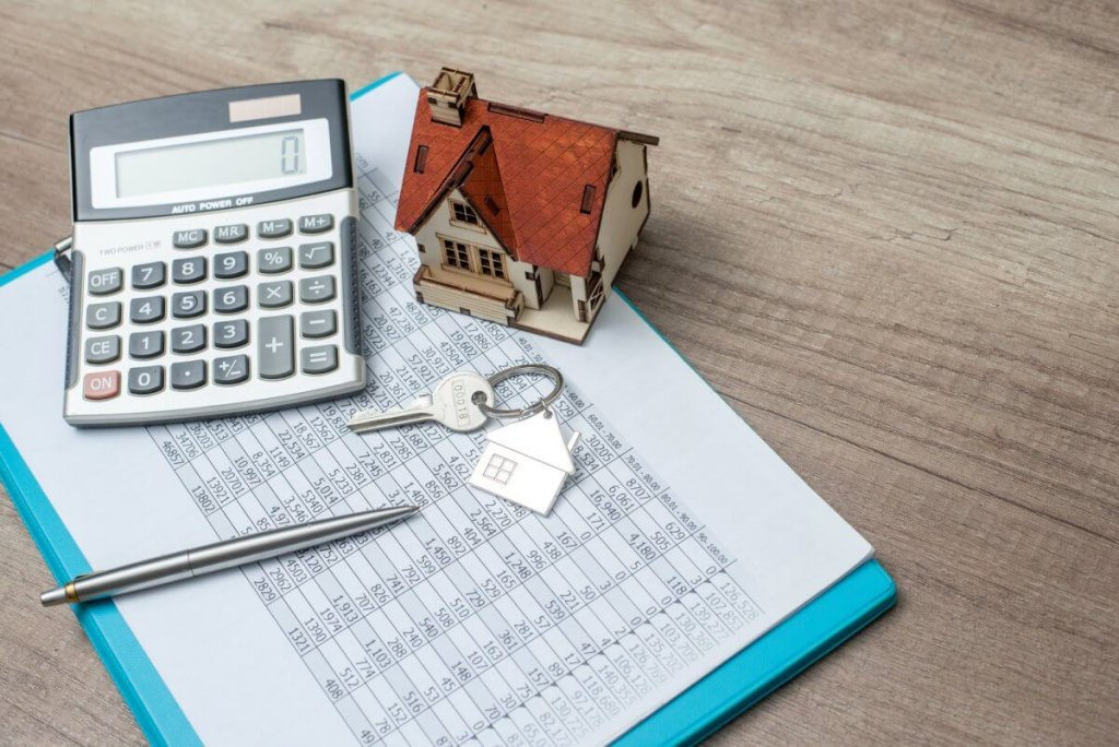 HELOC or Home Equity Loan: Which Is Better?