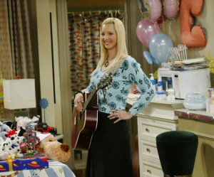 most interesting facts about the Friends TV Series; Lisa Kudrow's Pregnancy Became a Part of The Plot
