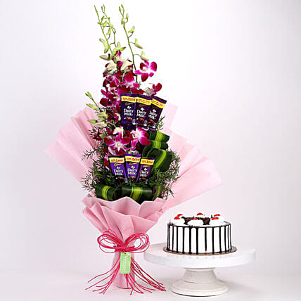 Mother's day gift ideas in 2021; Cakes and Chocolates