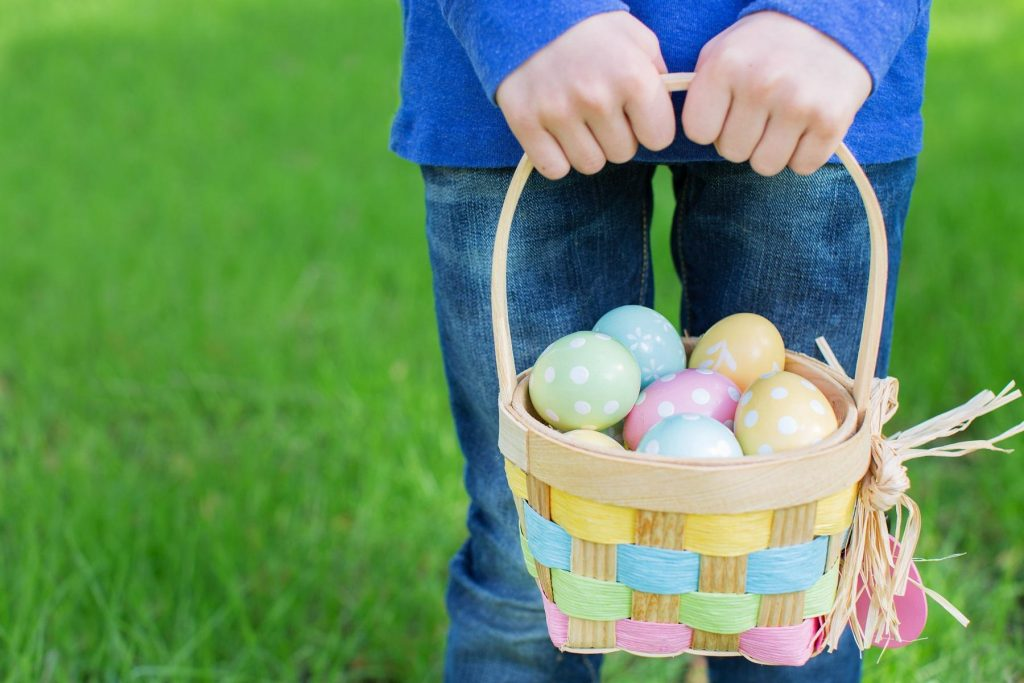 Easter Party Ideas- egg hunt