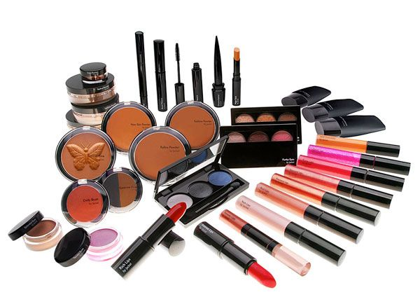 Fancy Cosmetic; Best romantic birthday gifts for girlfriends