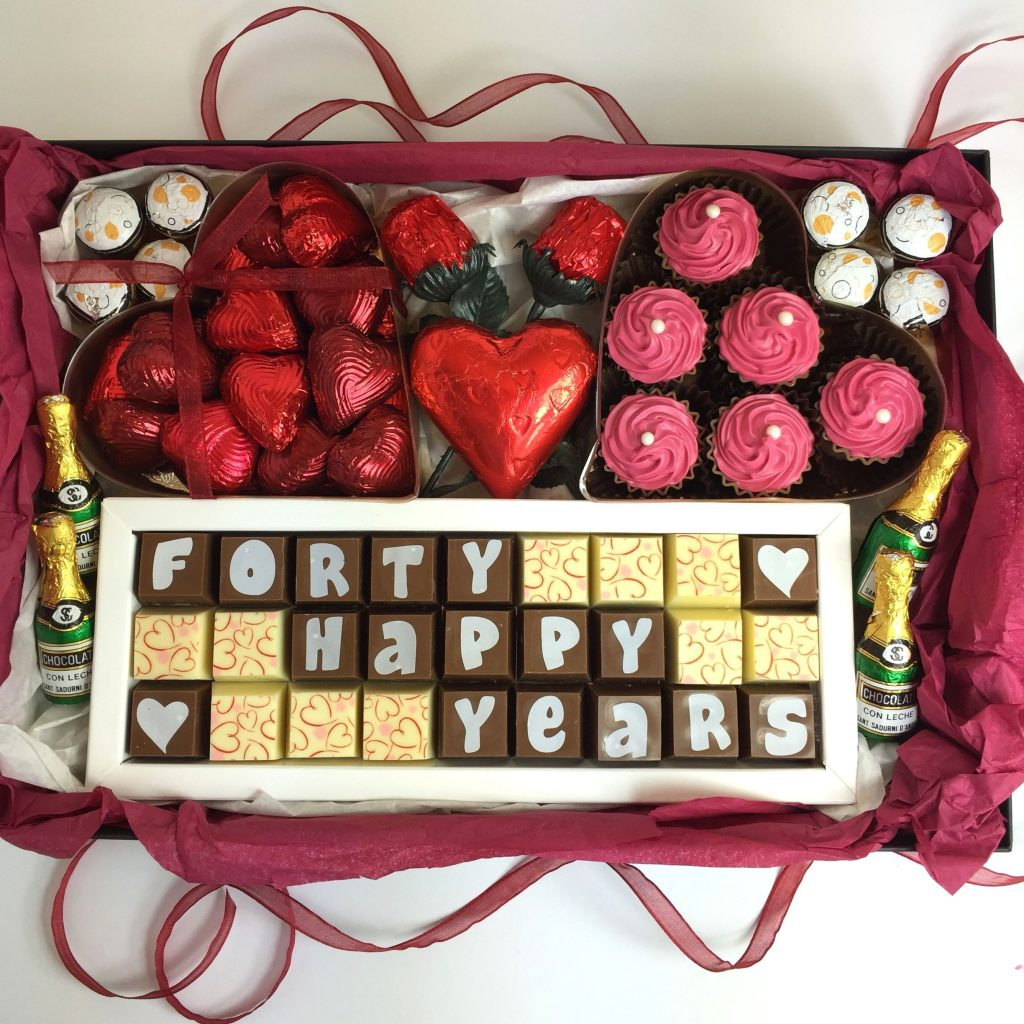 Chocolate Personalized Gift Box; Best romantic birthday gifts for girlfriends