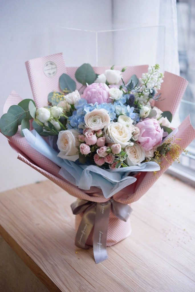 Bouquet; Best Romantic Birthday Gifts For Girlfriends