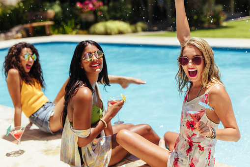 Bachelorette Party Ideas - pool side party