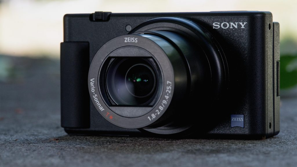 Best Cameras For Vlogging And Streaming Under $1000 - Sony ZV-1