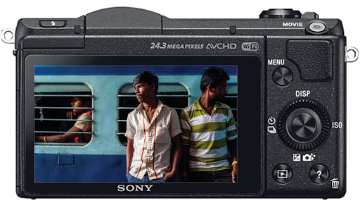 Best Cameras for Vlogging and Streaming Under $500 - Sony Alpha 5100