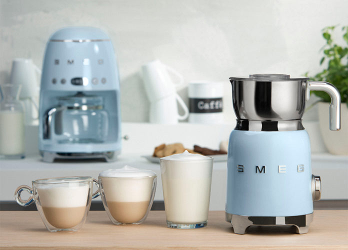 Best Coffee Accessories For A Coffee Lover - milk frother