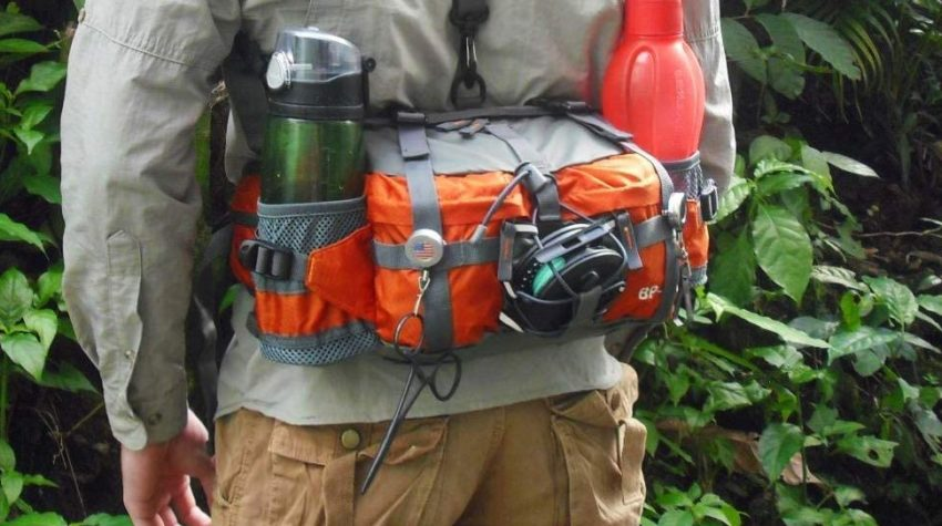 Best Gifts for Outdoorsy Women; Lightweight Hiking Fanny Pack