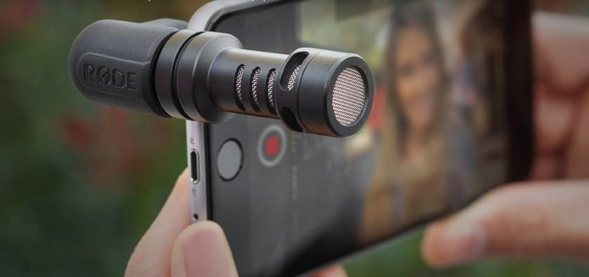 Equipment For Vlogging on iPhone; Microphone