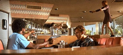 Pulp Fiction Review - restaurant robery