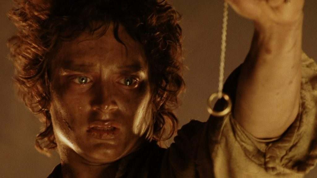 Watch The Lord Of The Rings; Sauron Discovers his lost ring