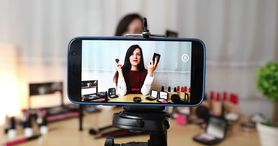 how to start vlogging using your android phone