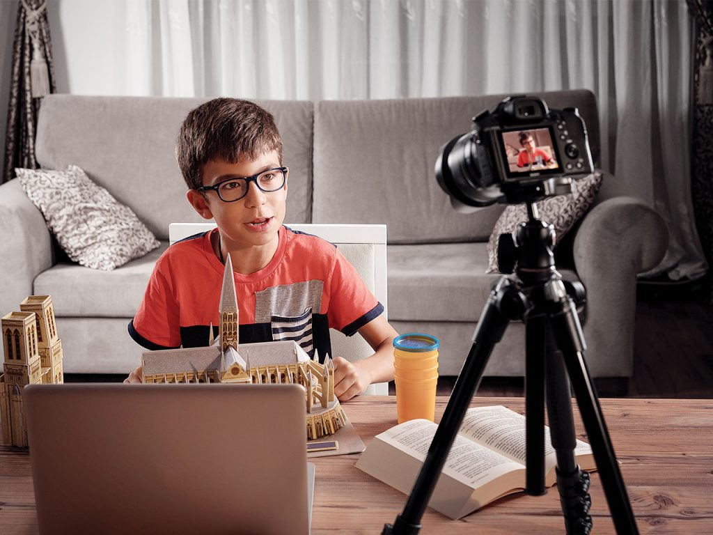Become a Successful YouTuber; Developing a Regular Publishing Habit Can Help