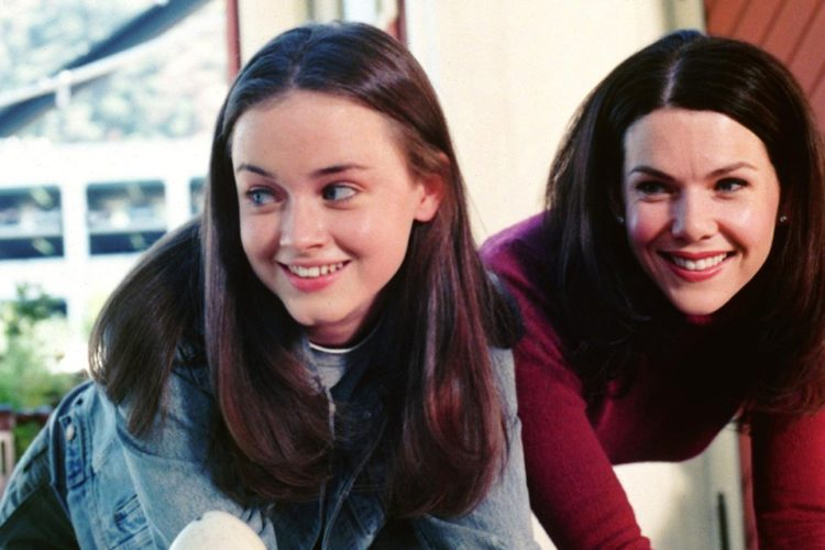 Why Gilmore Girls Was Canceled; Ending of Graham and Bledel's Contract.