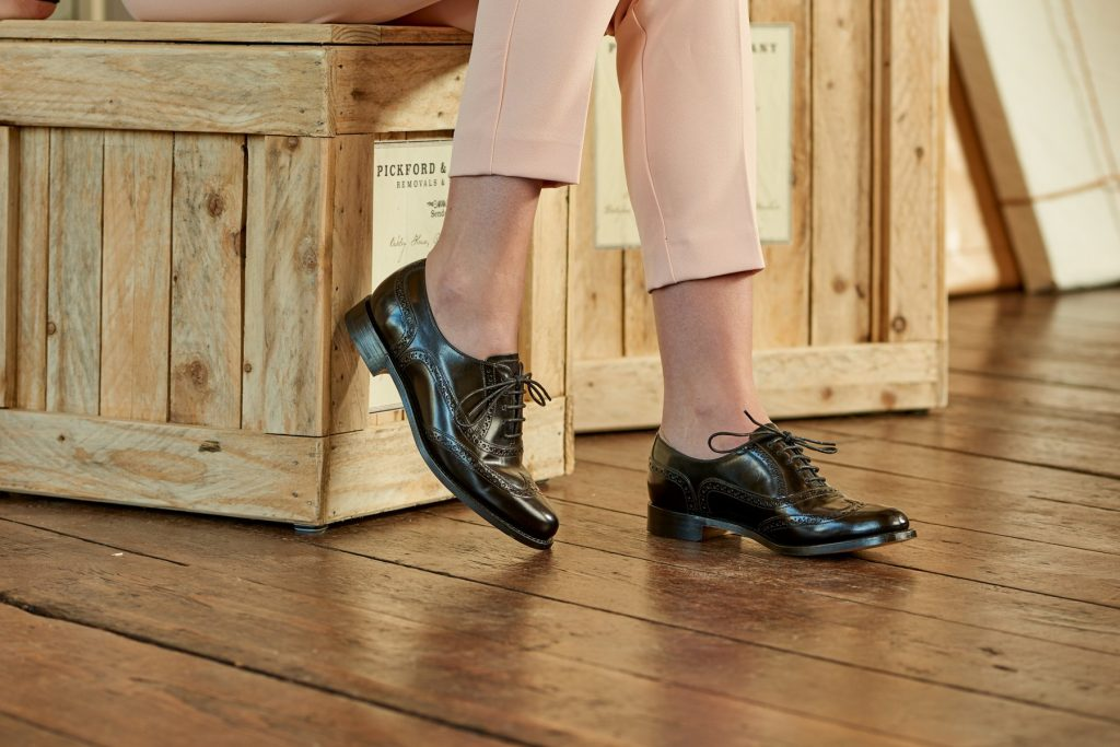 Casual Shoes For Businesswomen; Brogues For Casual Business
