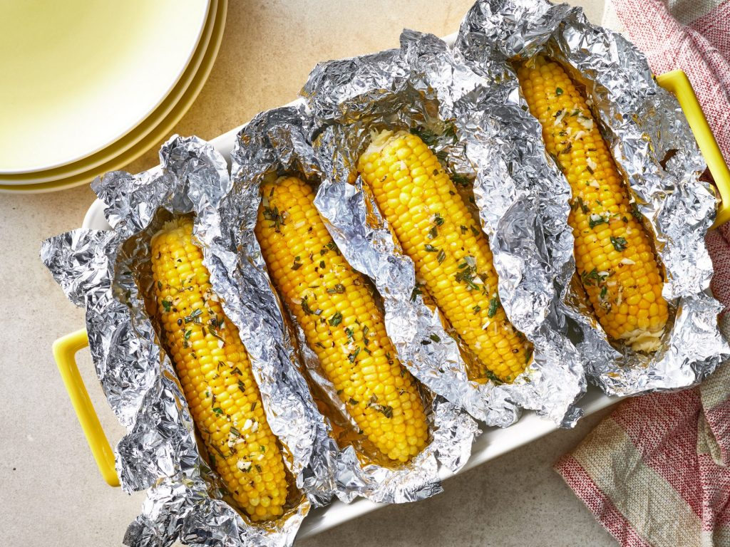Reheat Corn On The Cob; How To Reheat Corn On The Cob in a Microwave