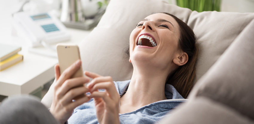 Start a Conversation With A Girl Over Text; Use Your Funny Bone