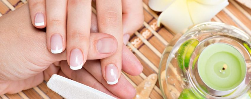 Which Is The Healthiest Manicure For Your Nails? ; Difference Between Gel and Acrylic Nails