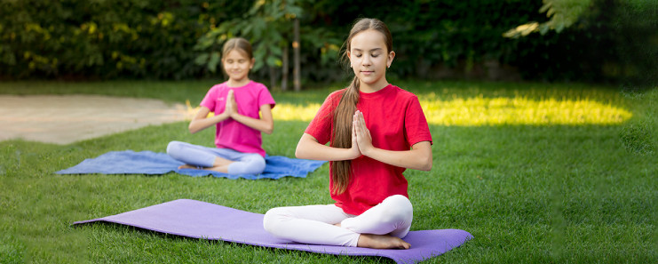Hobbies To Pick Up In Your 20's; Yoga And Meditation Can Be Your Best Friends