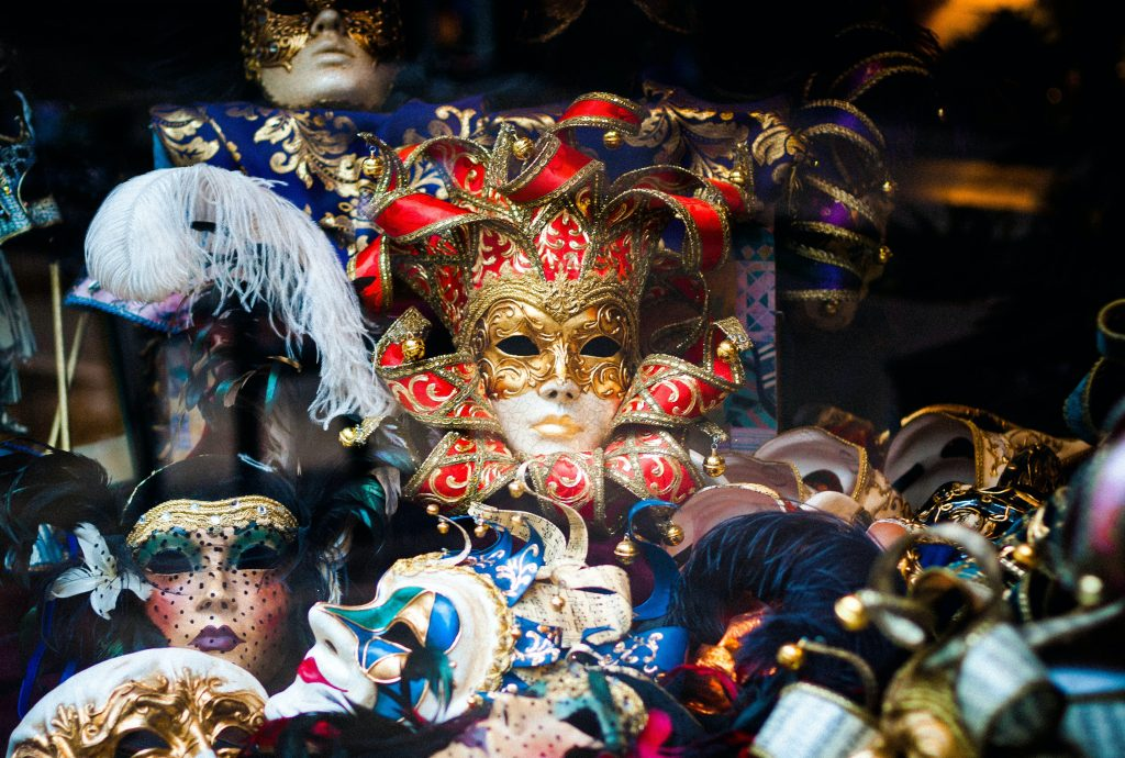 how to host a masquerade party?