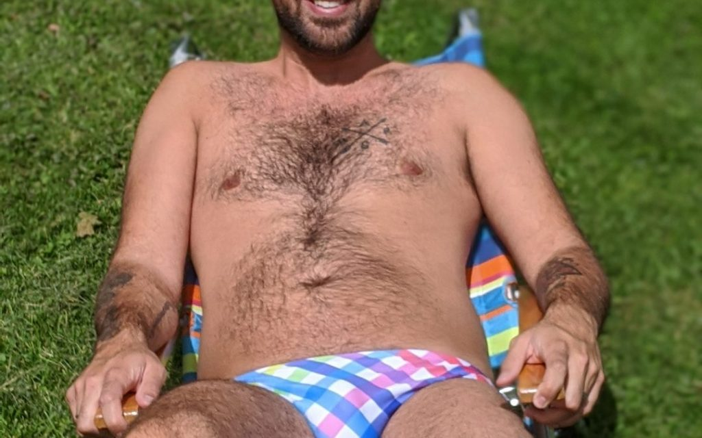 Why Guys Should Wear a Speedo; Speedos are Super Comfortable