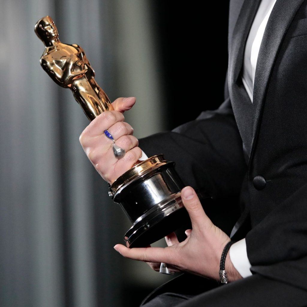 How Long Do Movies Stay In Theaters; Awards