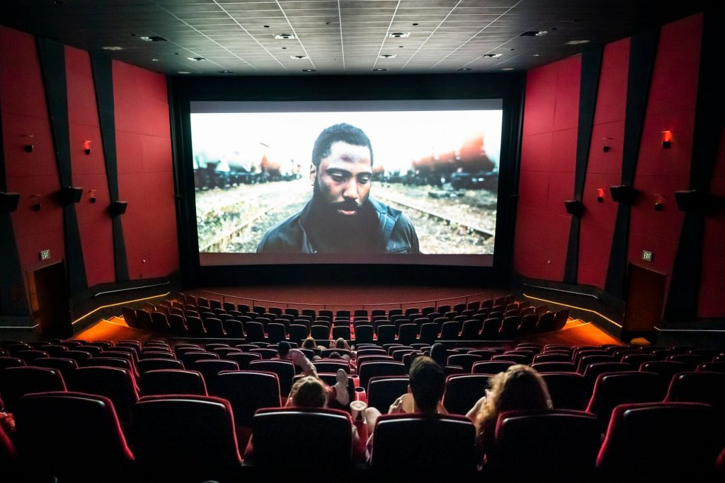 How Long Do Movies Stay In Theaters