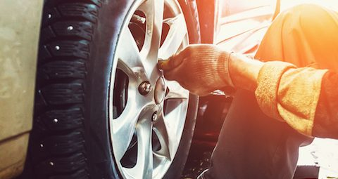 How Long Does It Take To Change A Tire